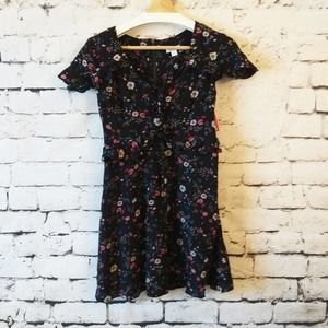 NWT Xhilaration Floral Ruffled Dress S
